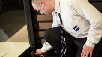 Formation pour une attestation de compétence d'agent de gardiennage - inspecteur de magasin donnée par l'équipe expérimentée de la Seris Academy